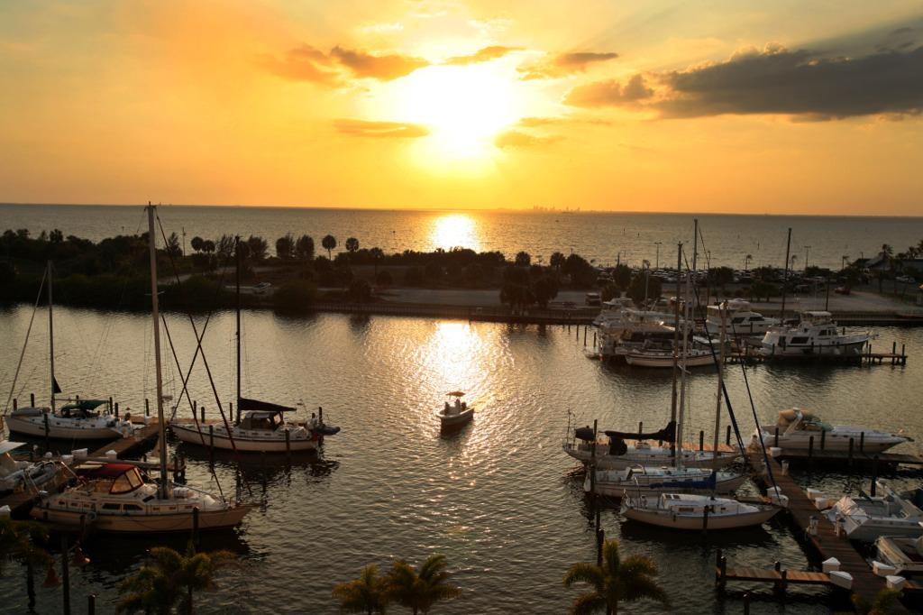 sunset-at-little-harbor